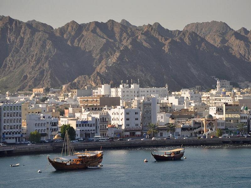 آشنایی با نحوه تجارت با عمان در بازرگانی لین