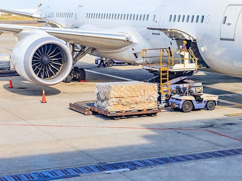 آشنایی با شرایط حمل بار هوایی از چین در بازرگانی لین