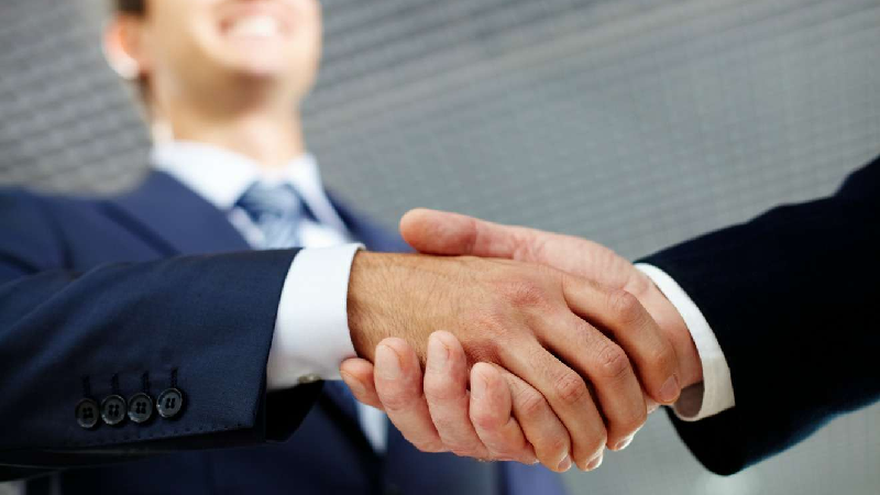 آشنایی با نکات مهم یافتن تامین کننده در بازرگانی الین