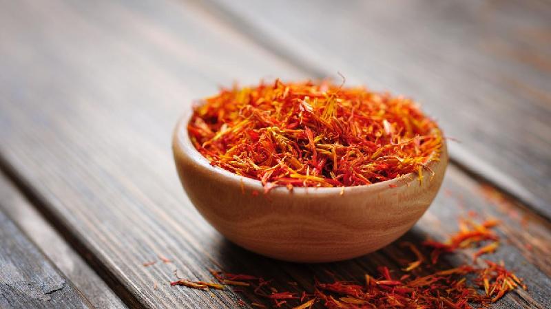 بررسی نکات مهم صادرات زعفران در بازرگانی الین