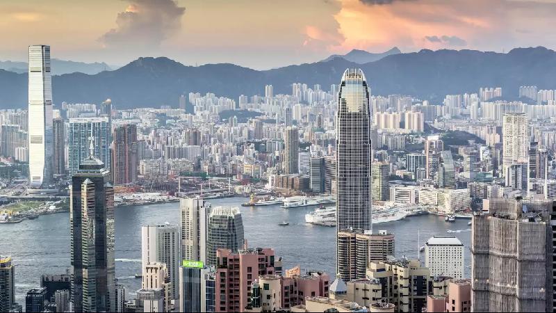 آشنایی با مزایای واردات از چین در بازرگانی الین